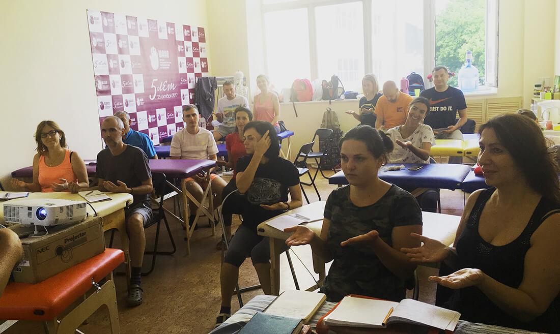 Киев 2018 г. группа К17, тема биомеханика шейного отдела